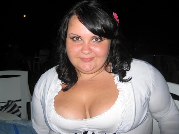 Ищу женщину пышную и развратную, порно фото раздолбанных старых вагин